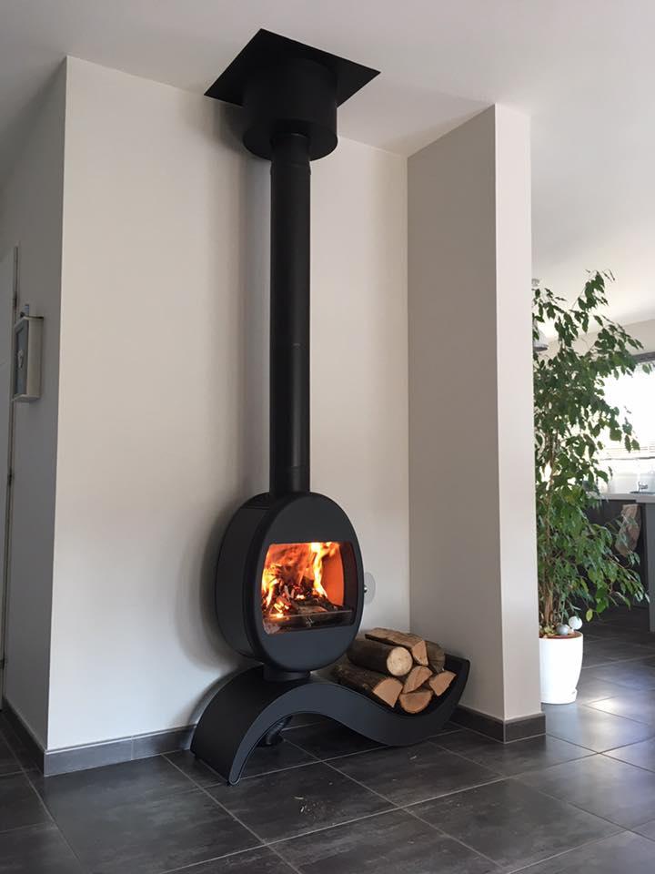nos r alisations c t flammes. Black Bedroom Furniture Sets. Home Design Ideas